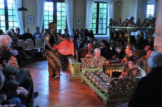 Javanese gamelan and dance in Chinon (September 2011)