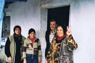 Kurdish refugees in Istanbul (February 2003)